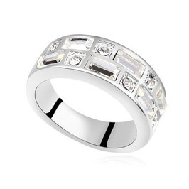 LIA - Fingerring mit Kristallen
