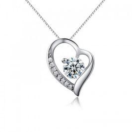 ROXANA – Halskette mit Herzanhänger WEISS