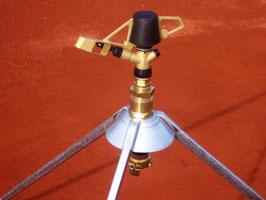 Arroseur rotatif avec raccord et trépied