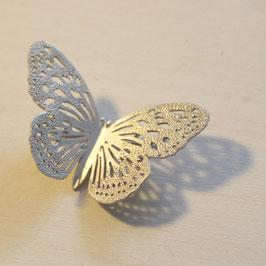 蝶のブローチ(リュウキュウアサギマダラ)