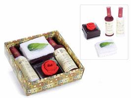 Coffret serviette de bain forme bouteille de vin et rose