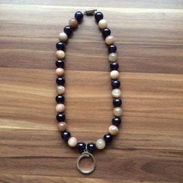Halskette mit Kraftsymbol Oom