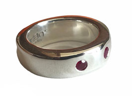 THE GIFT RING - RUBY