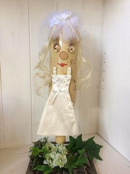 Braut  mit Schleier M 1728