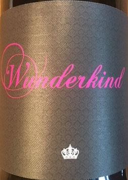 2019 Wunderkind QbA trocken, Knewitz