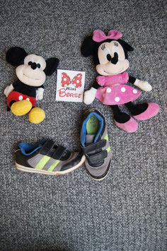 Schuhe Gr. 34,  grau-schwarze Turnschuhe mit Grünen Streiffen, Hallen-Sohle