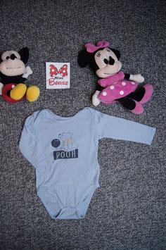 "Body Gr. 74/80, blauer Body ""Pooh"", 3 Druckknöpfe unten."