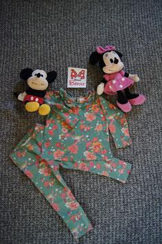 Set Gr. 86/92,  grünes langarm T-Shirt mit Blumen und passender Hose
