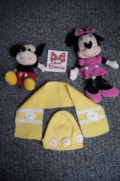 gelb gestrickte Mütze mit passendem Schal, Gr. ca. 3-6 Monate
