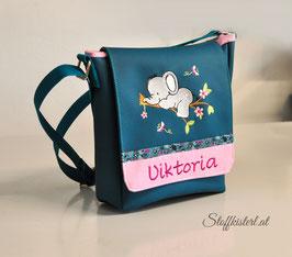 Kindergartentasche aus Kunstleder - Wunschmotiv und mit Name bestickt