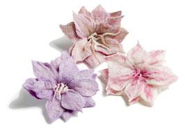 Broška v obliki cveta