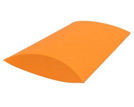 Darilni žepek v svetlo oranžni barvi