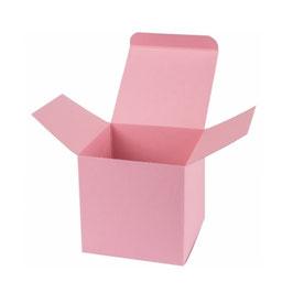 Darilna škatlica - Cube M - v nežno roza - flamingo - barvi