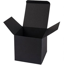 Darilna škatlica - Cube L črne barve