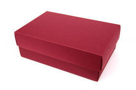 Darilna škatlica - velikost M v bordo barvi