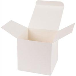 Darilna škatlica - Cube L v krem beli barvi