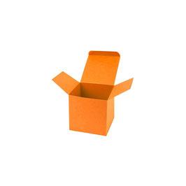 Darilna škatlica - Cube S - v svetlo oranžni barvi / mandarin