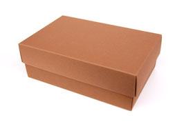 Darilna škatlica - velikost M v svetlo rjavi barvi
