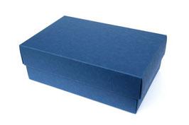 Darilna škatlica - velikost M v temno modri barvi saphir