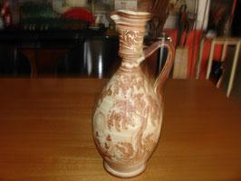 Aiguière en céramique