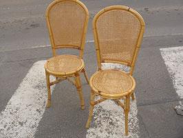 Série de 6 chaises en bambou et cannage