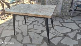 Table rectangulaire en acier Tolix