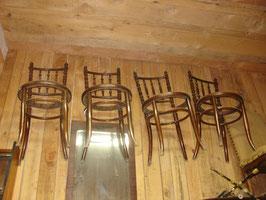 Série de 4 chaises de bistrot de la fin du XIX siècle du menuisier en siège FISCHEL