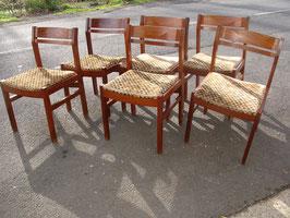 Six chaises en PAO ROSA