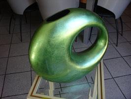 Vase en résine de forme libre vers 2000