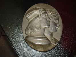 Plaque médaillon en étain RAFFAELO E FORNARINA