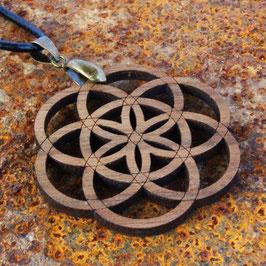 Pendentif Semence de Vie en bois de Noyer et fil de cuir