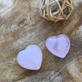 Coeur poli en quartz rose - gratitude