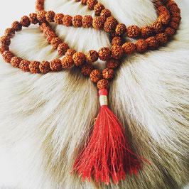 Mala Rudraksha - 108 grains - avec floche rouge
