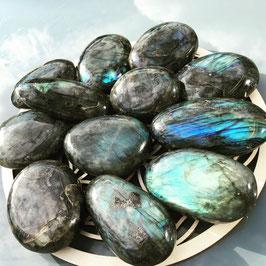 Labradorite - pierre du thérapeute - Petite pierres rondes - poids :