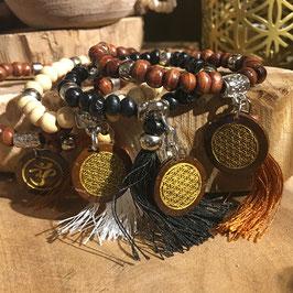 """Tikra """"Fleur de Vie"""" bois naturel avec 27 perles - plusieurs couleurs"""