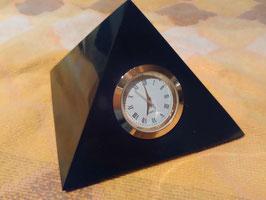 Sehr große Schungit - Pyramide mit Uhr, ca. 10cm x 10cm, 700 Gramm,  poliert
