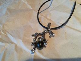 Halskette 60 cm mit Schungit-Perle im Anhänger + Ring mit Schungit-Perle