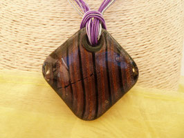 Glas-Kettenanhänger Quadrat an 8-reihigem Schmuckband