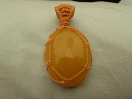 Makramee - Kettenanhänger Orangencalcit