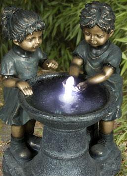 Brunnen Paar mit LED-Beleuchtung
