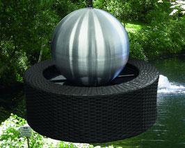 Edelstahl Brunnen mit LED-Beleuchtung