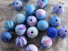 Fimoperlen blau-lavendel
