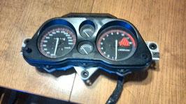 Honda CBR 1000 SC 21 - Armaturen - Cockpit