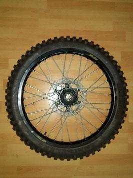 KTM ER 600 (LC 4) - Vorderes Speichenrad mit Bremsscheibe