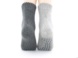 2 Paar Anti Rutsch Herrensocken grau