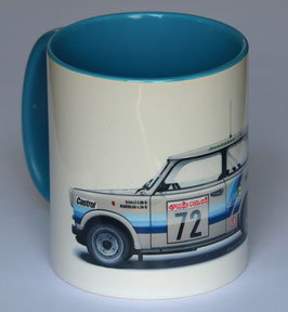 Verschiedene Tassen Motorsport
