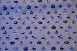 Schiffe auf Grau