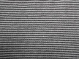 Feiner Grau/Weißer Streifen