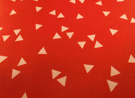 Baumwollstoff in Rot mit weißen Triangel