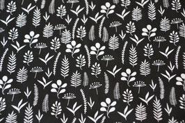 Blütenptracht auf schwarz